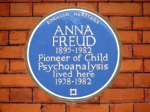 1280px-Anna_Freud_(4625084946)